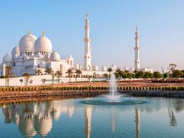 Dubai körutazás ****
